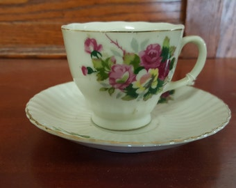 Pretty Floral Tea Cup and Saucer Made in Japan