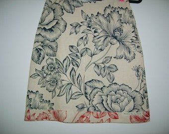 Size 8 Cabbage Roses Skirt