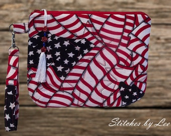 Clutch/Purse/Wristlet/Key Fob/Quilted Stars and Stripes.