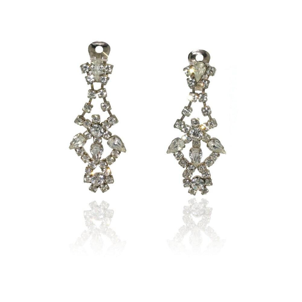 vintage 1950s earrings 1950s diamante chandelier clip on