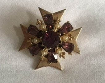 1950's costume jewelry brooch
