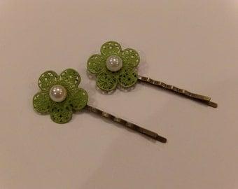 Green Flower Hairpins
