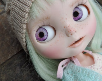 Blythe Middie and Pullip Doll Eyes Realistic Resin Chips in Purple Custom Customize OOAK Artist Art Doll D2