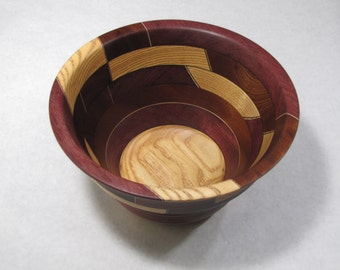 "Segmented ""Flapper Hat"" Style Bowl"