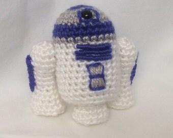 Crocheted Star Wars R2-D2