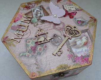 Beautiful Shabby Chic keepsakes box