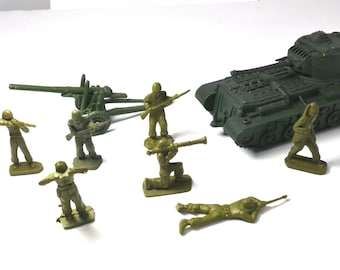 Play Set Army Men And Vehicles, Toy Army Men, Vintage Toys From The 1960's, Collectible Military Toys