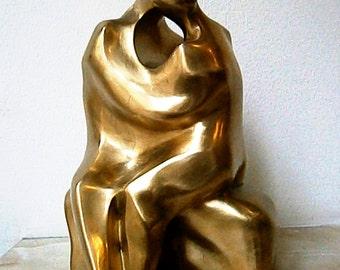 Bronze sculpture Kiss