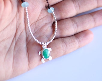 Tortoise, Emerald Necklace quality-Tortuguita-plata of law-necklace-choker-handmade