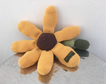 Baby Rattle with a sunflower look / baby toys
