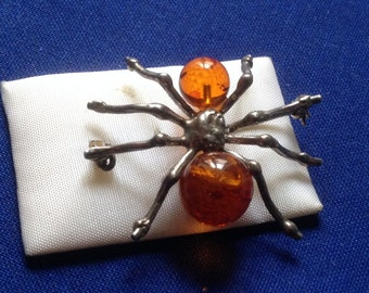 Brooch Vintage spider in silver and amber 38 x 32 mm