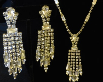 Vintage 1940's (Tear Drop) Rhinestone Necklace and Earrings
