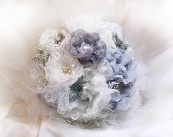 white bridal bouquet money 6.3- Made in France