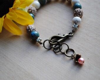 Green White Flower Bracelet