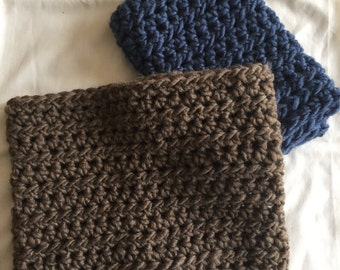 Infinity Cowl // Knit // Bark Brown