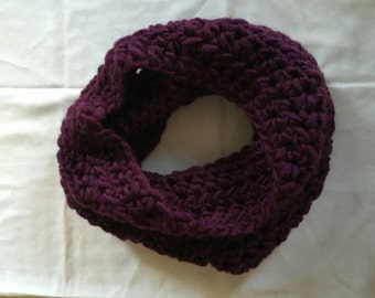Infinity Cowl // Knit // Plum