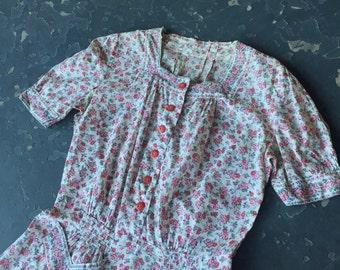 Sale - 1940s Floral Dress