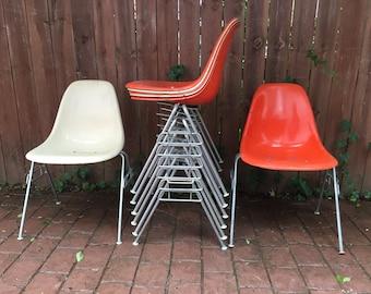 Set of 8 Herman Miller Eames fiberglass side shell chairs