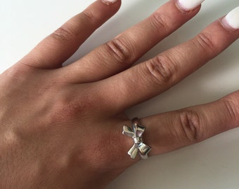 Silver Bow Ring Size Small