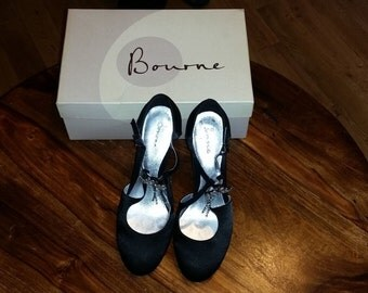 Vintage Bourne Poppy Black Designer Shoes With A Diamante Bow Very Rare