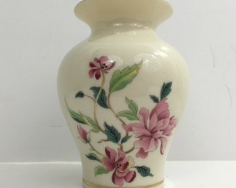 Lenox Porcelain Vase - Barrington Collection (Made in USA)