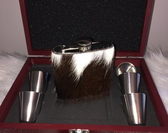 Cowhide Covered Stainless Steel Flask set in Rosewood Finish Box
