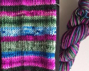 Self striping, Happy-go-lucky, sock yarn