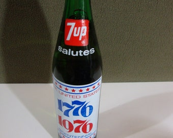 Vintage 7up Bicentennial Commerative 16oz. Bottle 1776-1976 Full Unopened Collectible Soda Bottle The Uncola