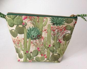 Large cactus fabric Bag for toiletries, cosmetics or makeup
