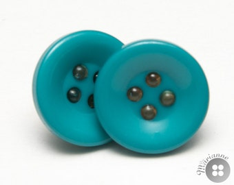 Turquoise button earrings - Boucles d'oreilles turquoise en boutons