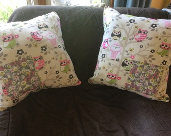 Owl pillow with pocket