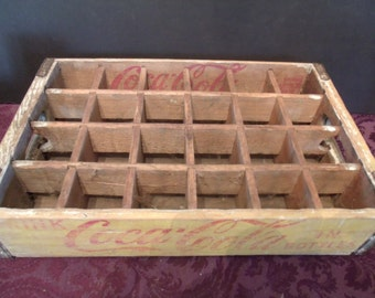 Vintage wood yello/red Coca Cola Crate, holds 24 Bottles, (713/40)