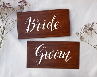 Rustic Wedding Chair Signs. Bride and Groom. Mr and Mrs. Wooden Bridal Chair Signs. Wedding Decoration.