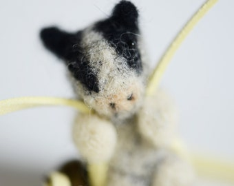 Animal buddies, mister cow, felted