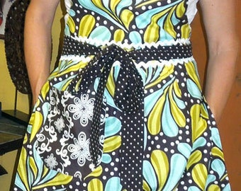Candice's Apron Sewing Pattern