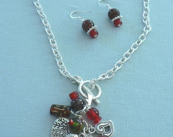 Red dangled necklace