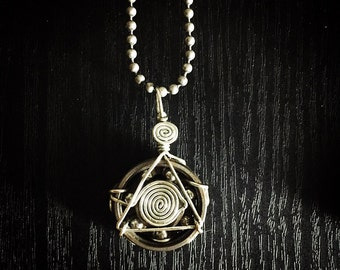 All-seeing Eye Bearing Pendant (silver)