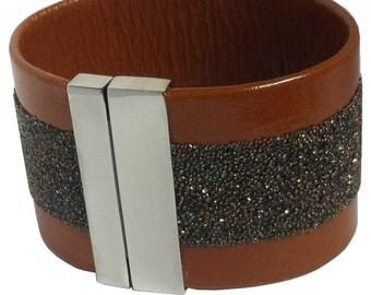 "Leather wristband ""chocolate rain"""