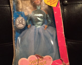 Limited Edition ToysRUs Vintage 1991 Sweet Romance Barbie