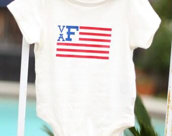 Boy's Monogram American Flag Bodysuit - 4th of July - baby bodysuit - baby onsie - baby clothing - childrens clothing - custom onsie