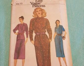 Vintage Vogue#7475 SIZE 10 UNCUT