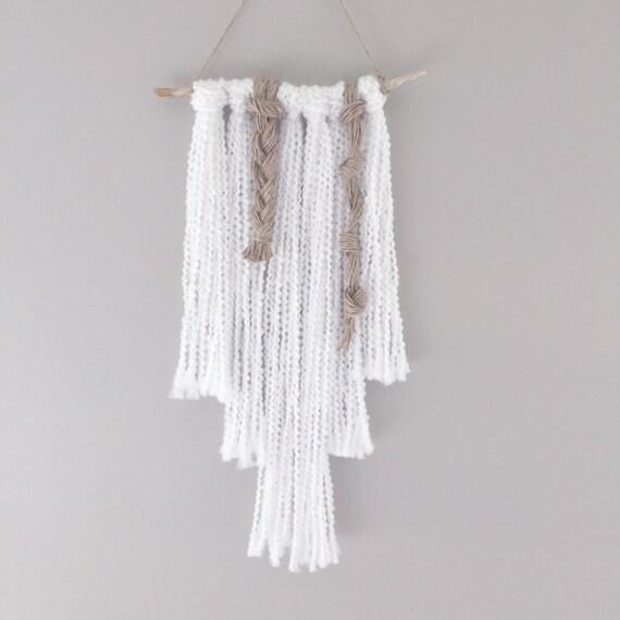 Yarn Wall Hanging / READY TO SHIP/ White Neutral / Nursery Art / Home Decor / Wall Art / Boho