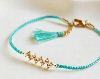 Turquoise zigzag friendship bracelet