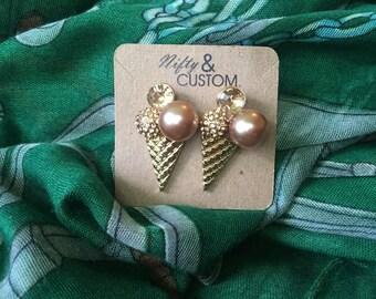 Bronze Cream Cone