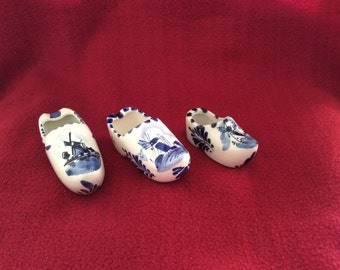 Delft Blue and White Trio of Clogs appx 100mm 90mm 70mm (Last chance to buy, this item will not be relisted)