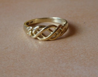 9ct yellow gold Celtic ring - Celtic ring - female - 375