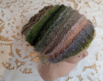 Beautifull beenie hand knitted from silk,mohair and wool