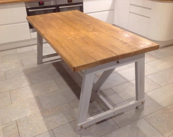 Artisan Kitchen Dining Tables