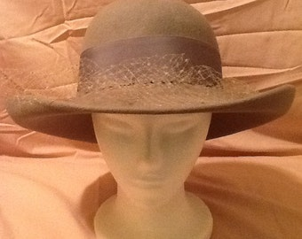 Gray Lancaster Wool Hat with Bow & Mesh