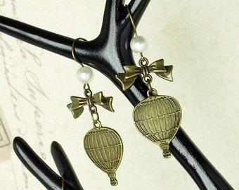 Bronze hot-air balloon earrings with loop steampunk travel Explorer balloon